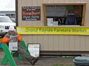 Grand Rapids Farmers Market - Booth. Use your Credit/Debit or SNAP Cards here.